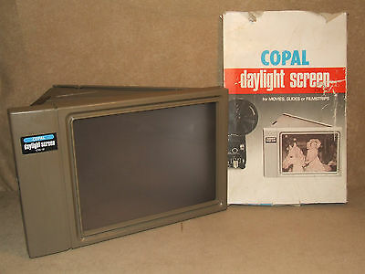 Daylight Screen For Movies Slides Or Filmstrips By Copal Japan DS-2 Boxed