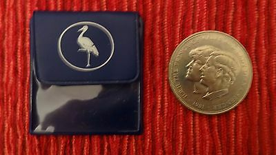 Charles & Diana 1981 Crown Coin In Stork Wallet 5 Pound Size '''