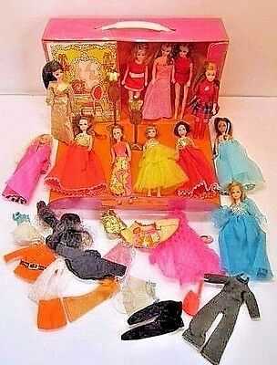 Vintage 1970 Topper Dawn Doll Huge Lot With Case Clothes Stands 11 Dolls