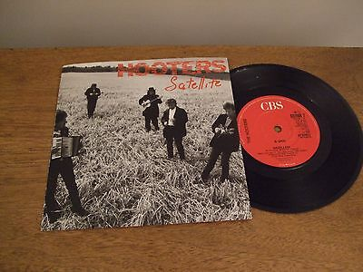 Hooters 45 Vinyl Record 7 Inch Single