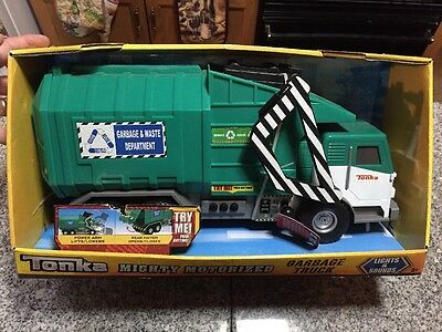 Tonka Mighty Motorized Garbage Truck New In Packaging Never Used! Well-Made