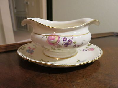 Castleton Sunnyvale Oval Gravy Boat With Attached Underplate