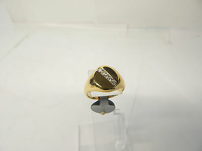 Hallmarked 18 CT Gold and Diamond Ring Size P 1/2.
