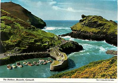 The Harbour - Boscastle - Cornwall - Postcard 1994