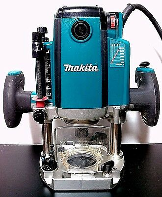 Used Makita RP2301FC 3-1/4 HP Plunge Router - Variable Speed