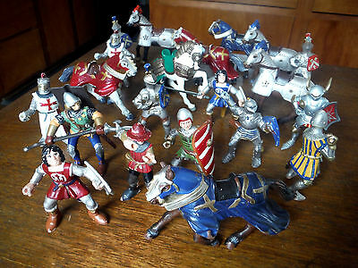 BULLYLAND PAPO (21) Piece Lot KNIGHTS HORSES WEAPONS