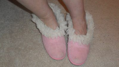 vintage used ladies full collar slippers with smooth sole size 5