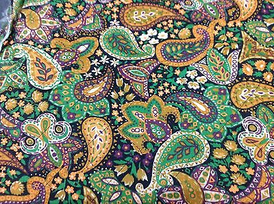 Vintage Retro Quilted Large Fabric Remnant Psychedelic Paisley 4 metres UNUSED