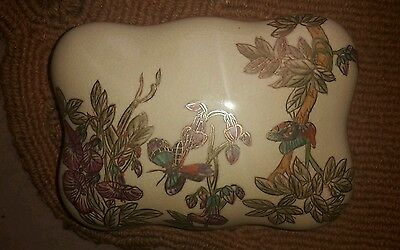 Vintage Antique China Trinket Jewellery Box with Butterfly Design