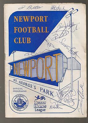 SIGNED PROGRAMME OF NEWPORT ISLE OF WIGHT v BUCKINGHAM TOWN  1991