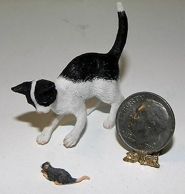 Dollhouse Miniature Cat with Mouse Black and White Falcon Minis 1:12 Scale