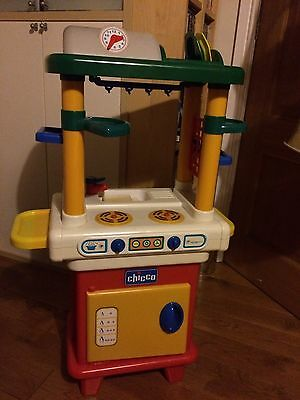 Chicco Play Kitchen With Kitchen Items
