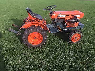 Kubota 4WD Compact Tractor No Vat / Can deliver if needed