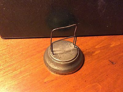 Vintage Dennison Mfg. Metal Spring No. 24 Easel Desk Card Holder