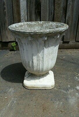 Vintage concrete garden pot planter lovely retro elegant peice