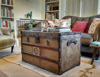 VINTAGE TRUNK Luggage COFFEE TABLE Antique Travel Trunk STORAGE BOX