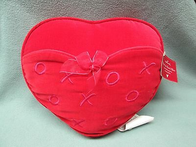 Plush Heart to Heart Pillow Hallmark Red Collectible Love Gift Pocket Valentine