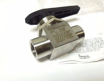 """Swagelok Ss-45Tf8 1/2""""  Ball Valve Fnpt Connection 2500 Psi 316Ss     45Tf8"""