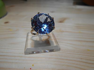 *!!*FABULOUS*!!** Vintage Solid 9ct Gold & Topaz Ring - London 1976 - Size N 6.5