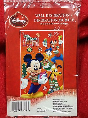 Disney Mickey Mouse & Friends Christmas Wall Mural Decoration 30x48 Plastic New