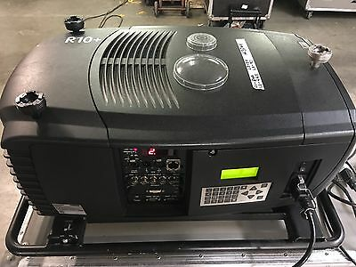 Barco CLM R10+ video projector with 1.1 - 1.3 wide angle lens - 10,000 lumen