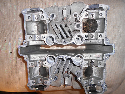 Z750 twin cylinder head with cams