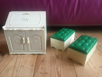 Sindy Doll 1980s 70s Pedigree toys vintage writing desk ottaman house furniture