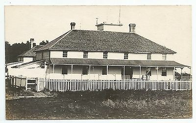 POSTCARD-CANADA-BRITISH COLUMBIA-VANCOUVER-RP. Old St John's College.