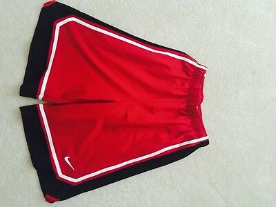 Nike Athletic Shorts Size Youth XL