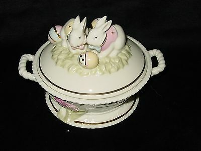 Lenox Occasions Easter Bunny Candy Dish Two Bunnies With Easter Eggs Colorful