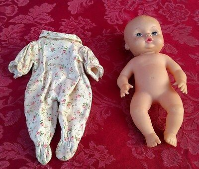 "Vintage Plastic #30 Baby Doll Toy 8""   ✞"