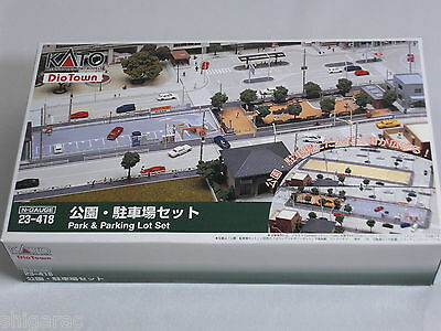 Kato n scale 23-418 Park and Parking Lot Set / Dio Town /n gauge