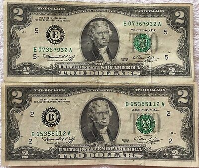 Set of 2 1976 Two Dollar Federal Reserve Notes - Circulated