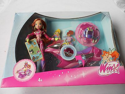 Winx Club Rare  Bloom And Bike L4502 Mattel In 2007