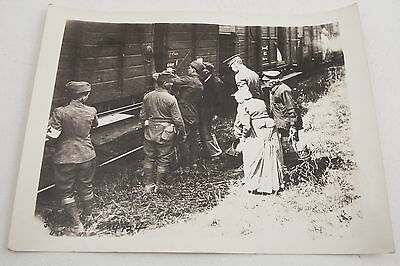 14124 3rd Division Arrival US Army Signal Corps Official Photograph WWI Refugees