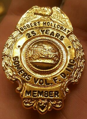 Rare Gold Tone Somers Ny Vol. Fire Department 25 Year Named Obsolete Badge Look!