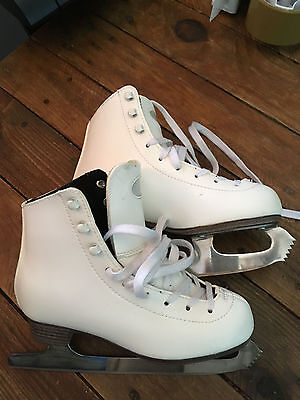 ice skates girls size 34 white excellent condition