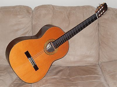 Hand Made In 1977 Ryoji Matsuoka M30 Excellent Ramirez Style Classical Guitar