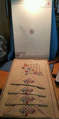 Vintage UNUSED Embroidered Bridge or Luncheon Set in ORGINAL box, still attached