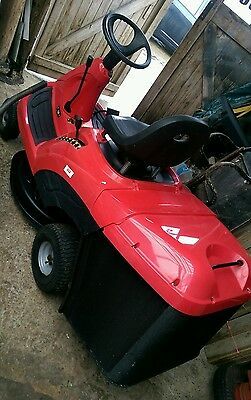 """Ride on Lawn mower Garden tractor Lawn King Briggs and Stratton Engine 30"""" cut"""