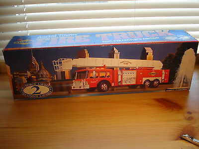 1995 Sunoco Aerial Tower Fire Truck New Working Headlights Taillights 1:35 Scale