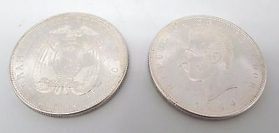Pair of Vintage 1944 MEXICAN Silver Ley 0.720 25 Cinco Coins - 50.19g