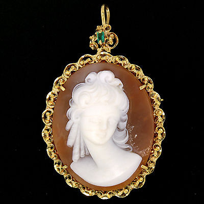 Vintage 18K Yellow Gold Large Detailed Shell Cameo & Emerald Brooch Pin Pendant