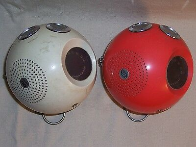 Vintage Panasonic Panapet R-70 Ball Transistor Radio Space Age Modern Decor