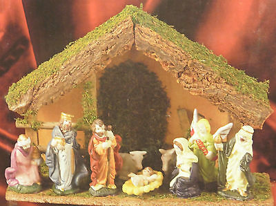 Christmas Nativity Set - With Stable - 9 Peices 30Cm X 20Cm