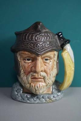 GLADIATOR D6553 - SMALL - ROYAL DOULTON CHARACTER JUG w/BOX