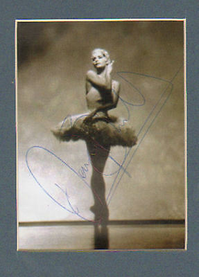 Darcy Bussell hand signed postcard + pic in display