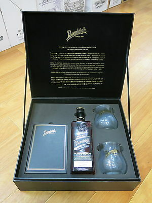 Beenleigh Rum Black  Gift Set only 3000 Sets Made Set No 2718 Add Bundy Rum Rare