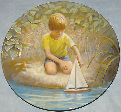 Plate: Row Row Row Your Boat by Hector Garrido Signature Collection