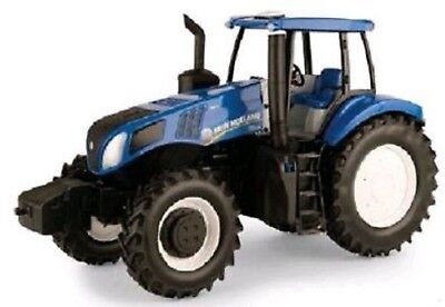 NEW Holland Toy T8.435 1:16 Replica Tractor Includes Rear Hitch Part# ERT13840